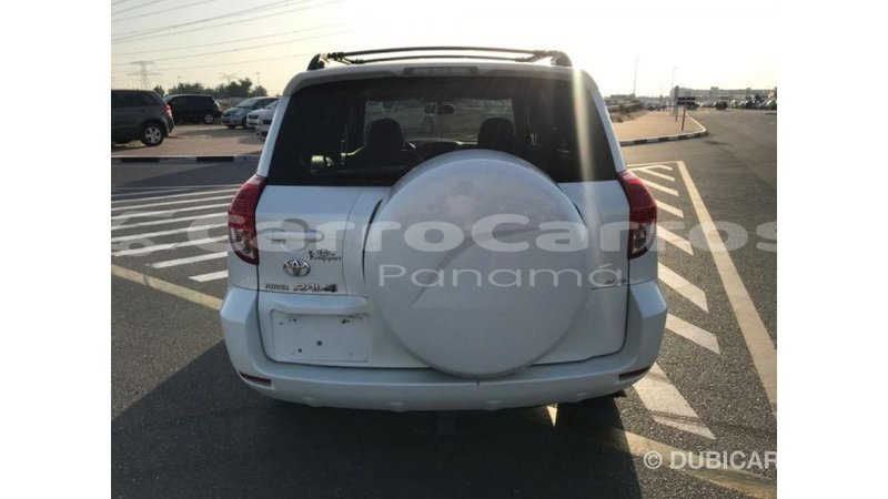Big with watermark toyota hiace chiriqui import dubai 4268