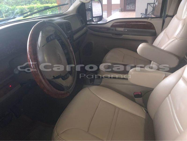 Big with watermark ford excursion chiriqui david 6352